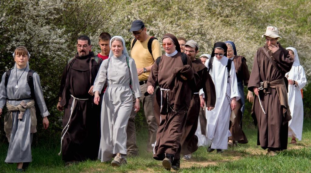 """Képtalálat a következőre: """"szerzetesek"""""""